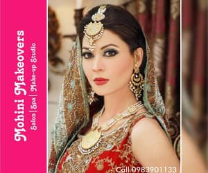 article, bridal makeup in lucknow, and makeup in lucknow image