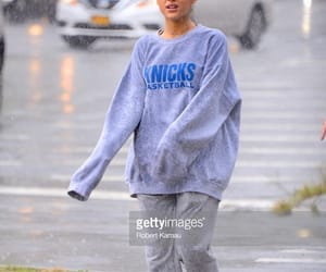September 18 : Ariana out in NYC