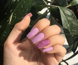 aesthetic, nails, and gliters image