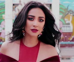 beauty, shay mitchell, and brunette image