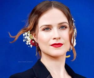 actress, hair style, and red lips image