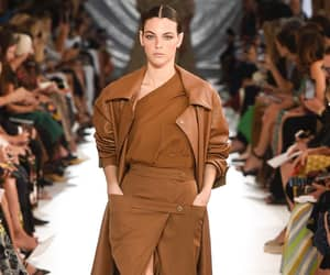 fashion and max mara image