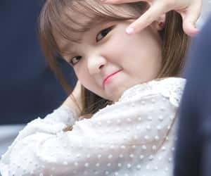OMG, seunghee, and oh my girl image