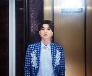 Leeteuk, super junior, and 슈퍼주니어 image