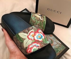 fashion, gucci, and claquettes image