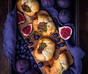 bread, cuisine, and figs image