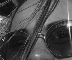 black and white, ray bans, and vintage image