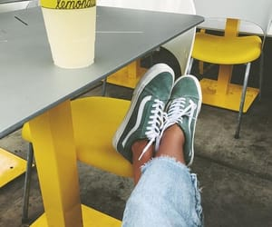 fashion, tenis, and vans image