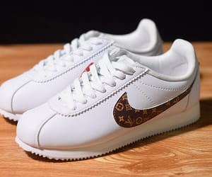 classic, nike, and classic cortez image