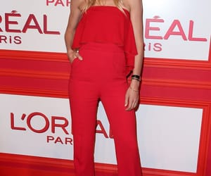 Doutzen Kroes, red carpet, and style image