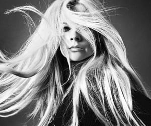 Avril Lavigne, hair, and hairstyle image