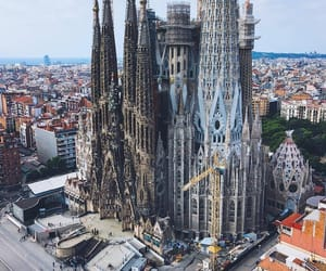 Barcelona, spain, and building image