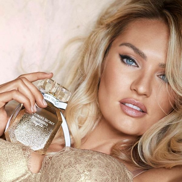 This Secret Smoothie Keeps Candice Swanepoel Crop Top Ready