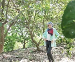 fashion, modest, and hijab image