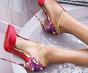 belleza, moda, and zapatos image
