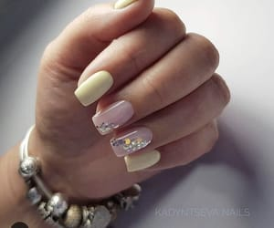 yellow nails, simple nails, and manicure image