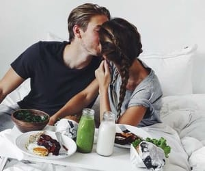 lové, bed, and couple image
