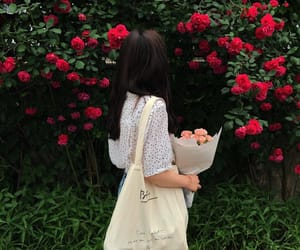 flowers, girl, and ulzzang image