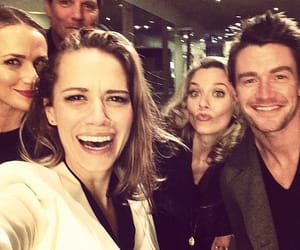 cast and one tree hill image