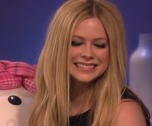 Avril Lavigne, packs, and icon image