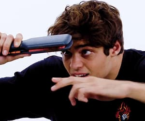 actor, gif, and noah centineo image