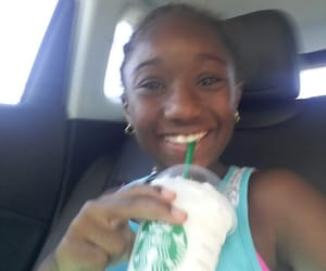 starbucks and vinilla bean frap image