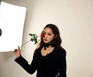 DC, kpop, and siyeon image