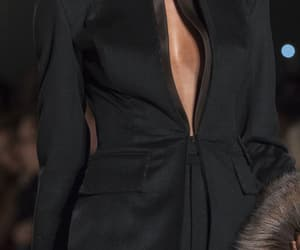 fw 15 and zang toi image