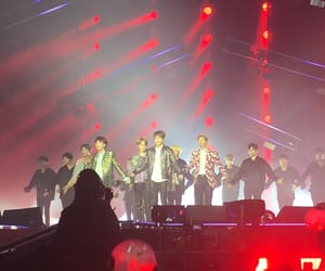 concert, front row, and jin image