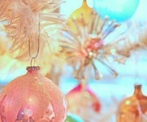 aesthetic, christmas, and ornament image