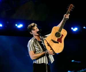 performance and shawn mendes image