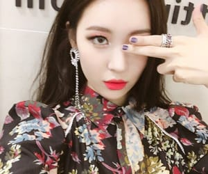 sunmi, asian, and icons image