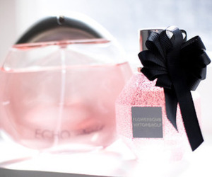 fashion, girly, and perfume image