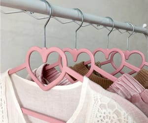 aesthetic, hanger, and hearts image