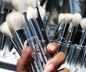 Brushes and kylie jenner image