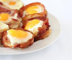 bacon, eggs, and nhumi image