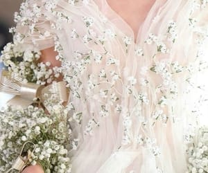 baby's breath, chic, and classy image