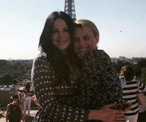 laura prepon, taylor schilling, and oitnb image