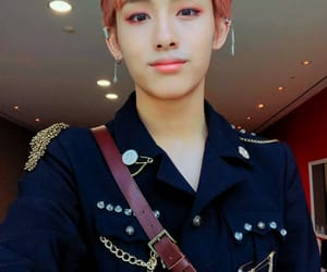 selca, winwin, and lock screen image