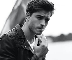 black and white, boy, and Francisco Lachowski image