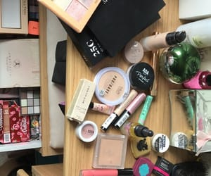 beauty, clutter, and mac image