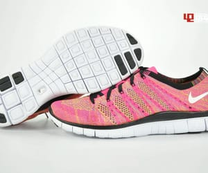 5, flyknit, and nike image