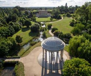 garden and versailles image