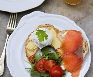 bread, قهوة, and الصباح image