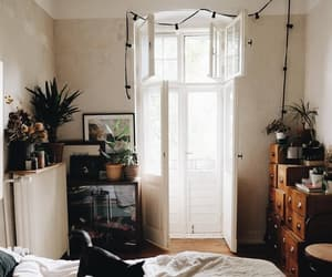 bedroom, plante, and cosy image