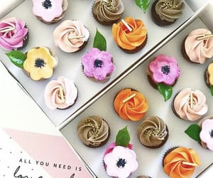 bakery, cupcake, and frosting image