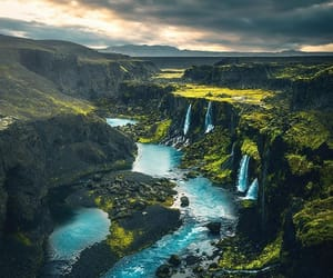 I think this is one of Iceland's most beautiful waterfalls. And yes the water really is this blue 💦You can find it on route to Landmannalugar.Photo by @merveceranphotoExplore. Share. Inspire: #earthfocus