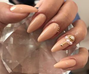 nails and artisticnail image