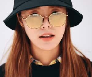 fashion, hat, and mamamoo wheein image
