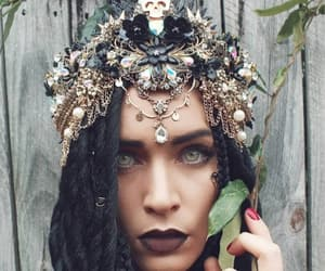 accessoires, black, and crown image